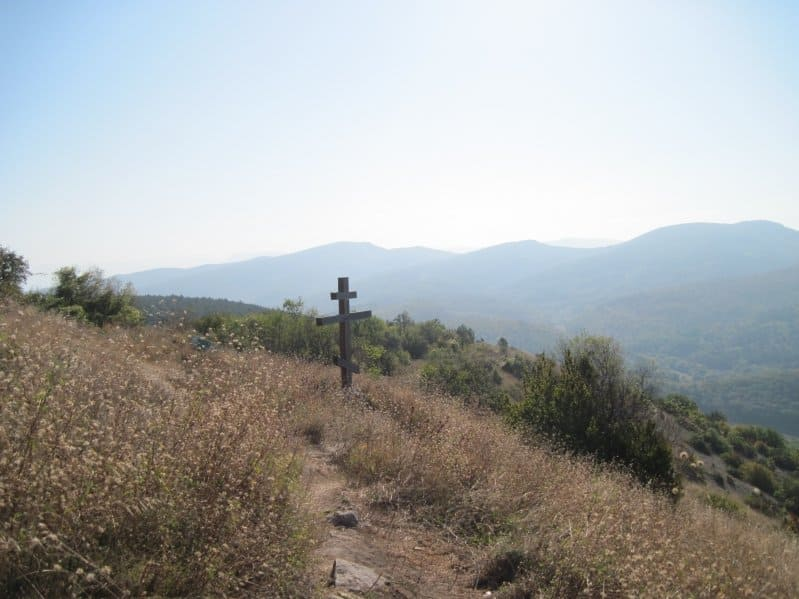 Мангуп-Кале крест