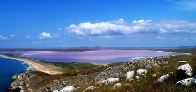 Кояшское озеро - розовое озеро в Крыму
