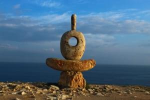 Мыслитель. Сердце Тарханкута - скульптура на скале